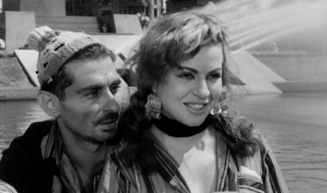 Youssef Chahine and Hend Rostom in Cairo Station
