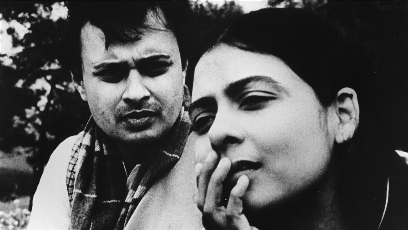 Supriya Choudhury in Ritwik Ghatak's The Cloud-Capped Star