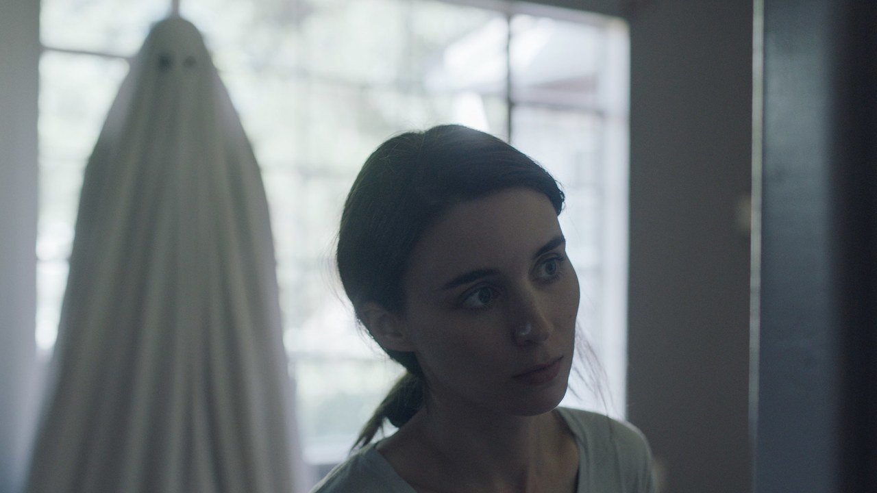 Rooney Mara and Casey Affleck in David Lowery's A Ghost Story