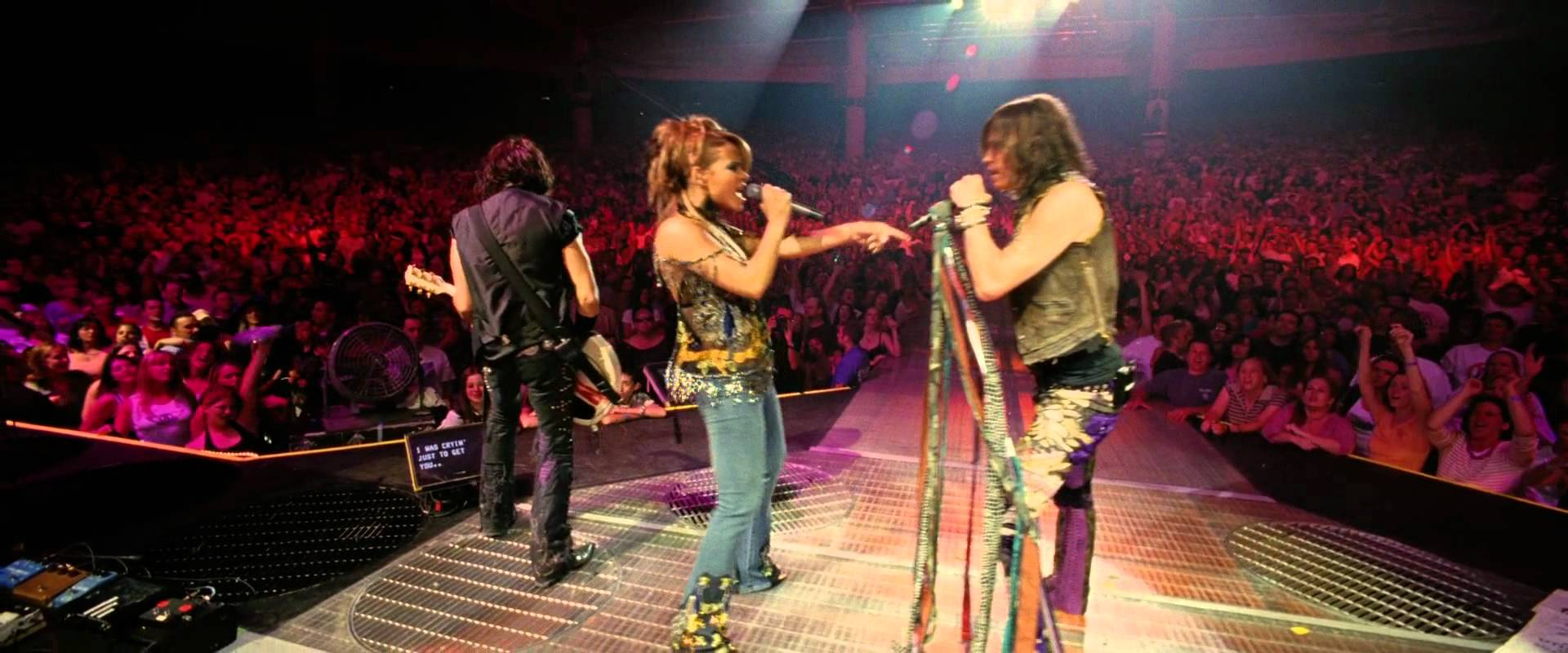 Christina Milian and Steven Tyler of MOTHERFUCKING AEROSMITH in Be Cool