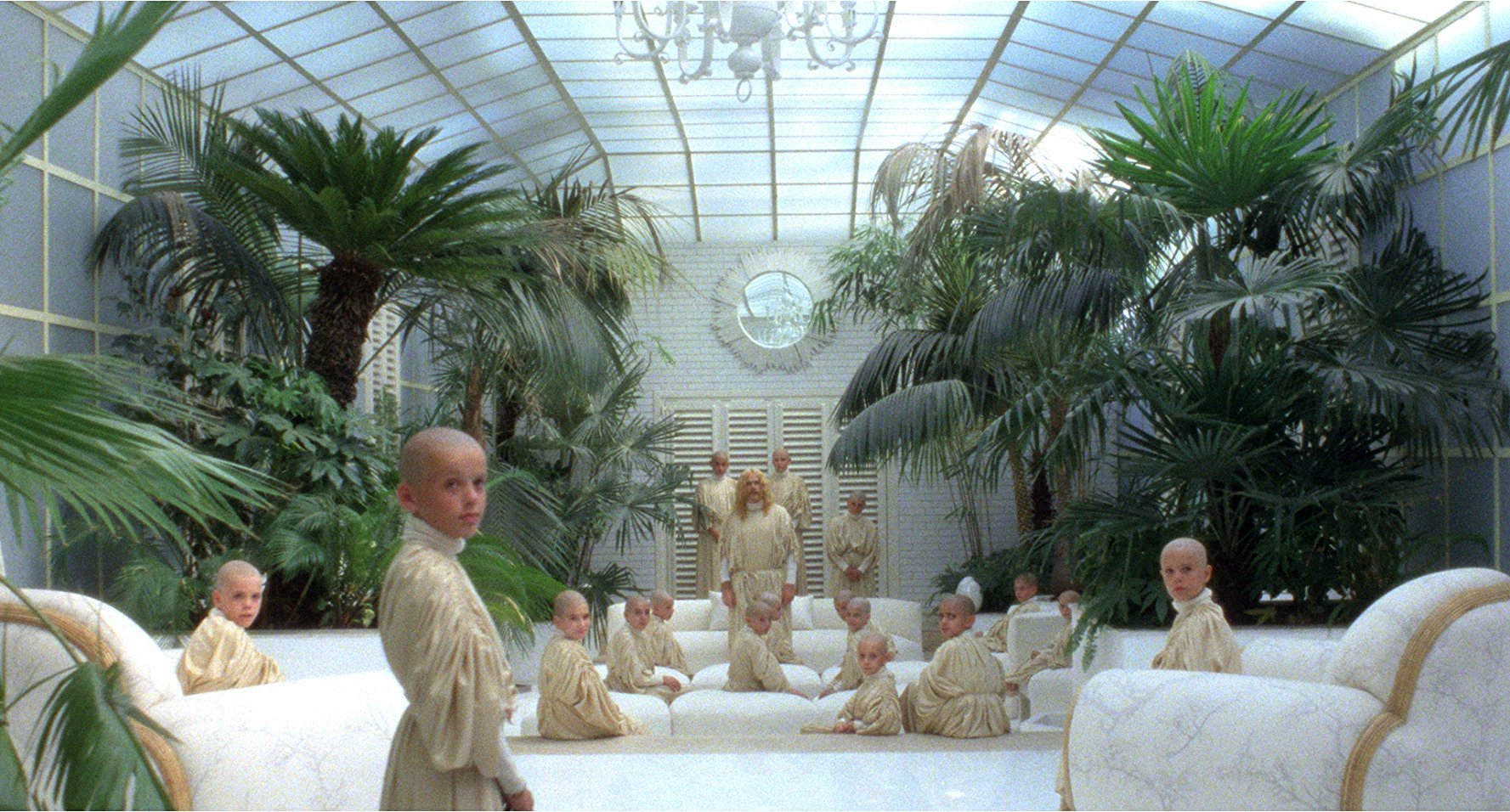 Bald children in The Visitor