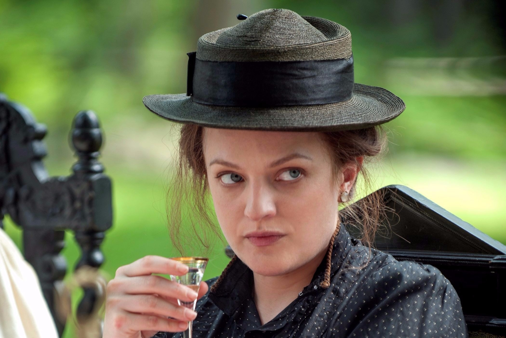 Elisabeth Moss in The Seagull