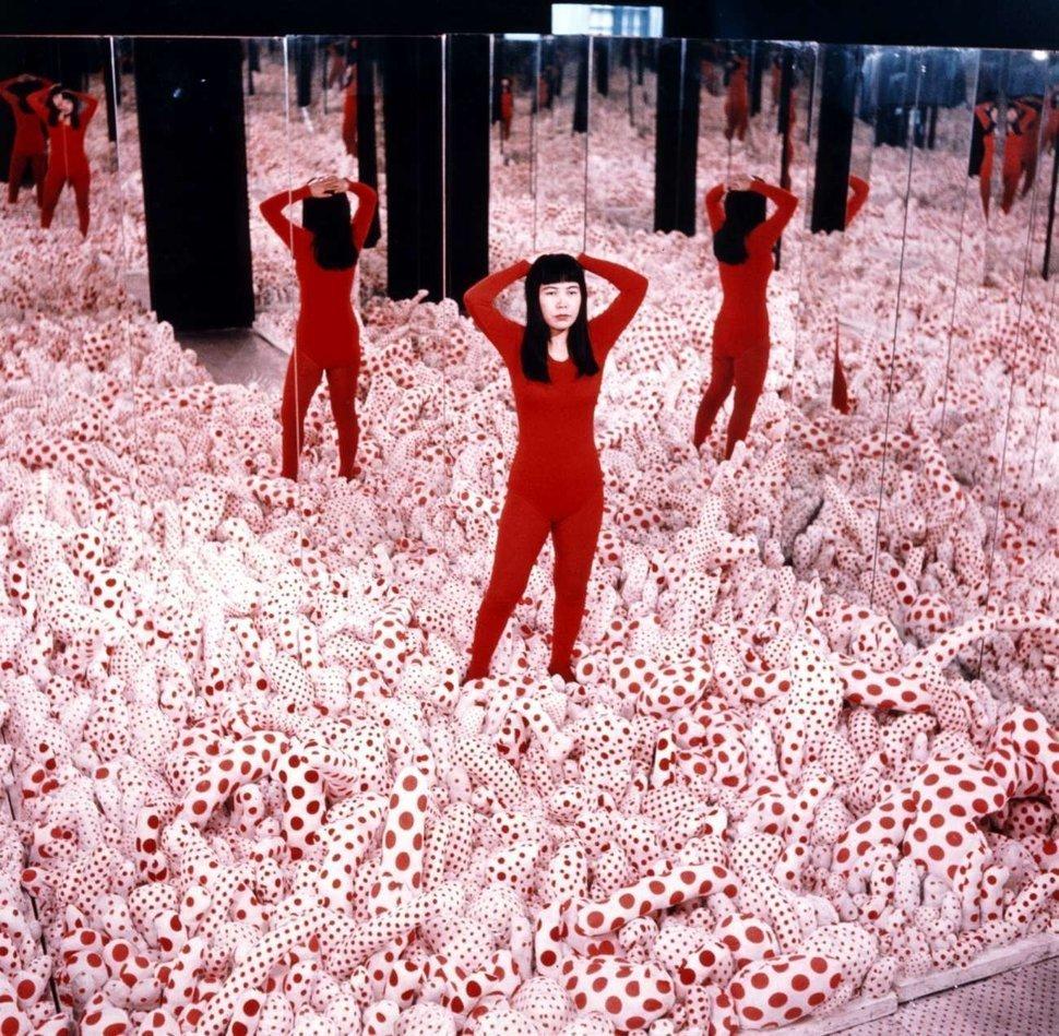 Kusama: Infinity mirror installation