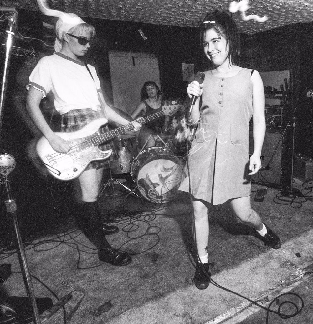 Bikini Kill via https://www.vintag.es/2017/11/untypical-girls-early-photographs-of.html?m=1